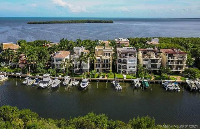 5848 Paradise Point Dr, Palmetto Bay, FL 33157 (MLS #A10978380) :: The Paiz Group