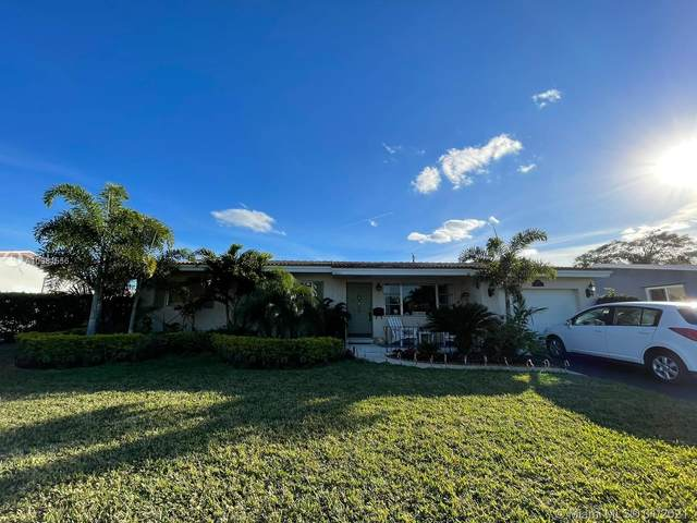 4110 Mckinley St, Hollywood, FL 33021 (MLS #A10981556) :: Carole Smith Real Estate Team