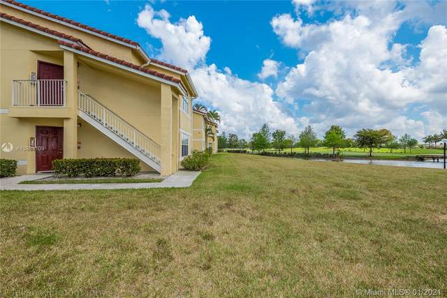 12650 Vista Isles Dr #917, Sunrise, FL 33325 (MLS #A10984109) :: The Howland Group