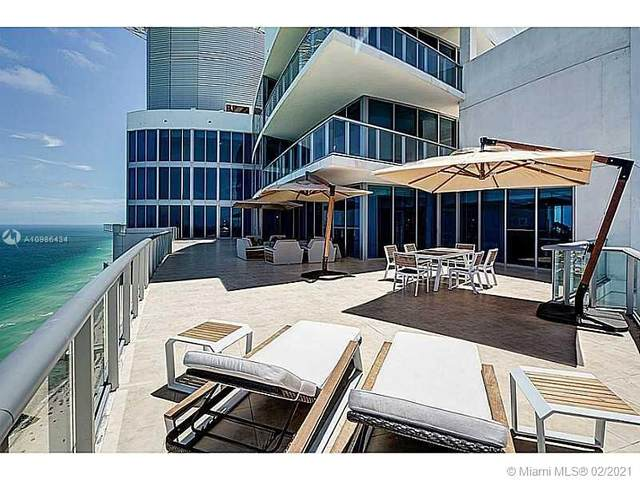 17001 Collins Ave #4905, Sunny Isles Beach, FL 33160 (MLS #A10986434) :: The Riley Smith Group