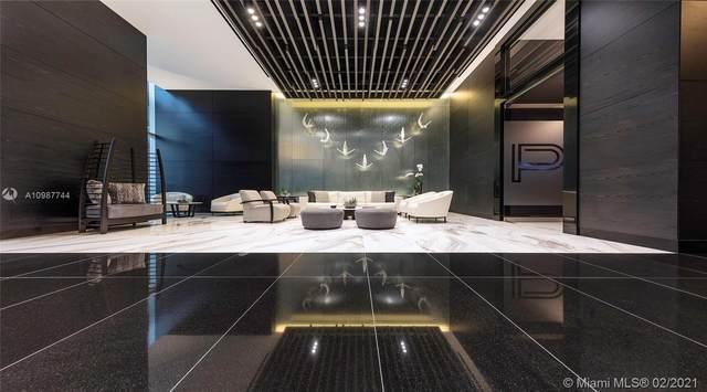 851 NE 1st Ave Ph 5211, Miami, FL 33132 (MLS #A10987744) :: Castelli Real Estate Services