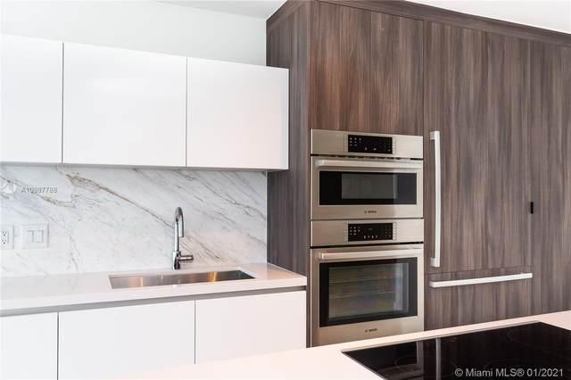 851 NE 1st Ave #800, Miami, FL 33132 (MLS #A10987788) :: Castelli Real Estate Services
