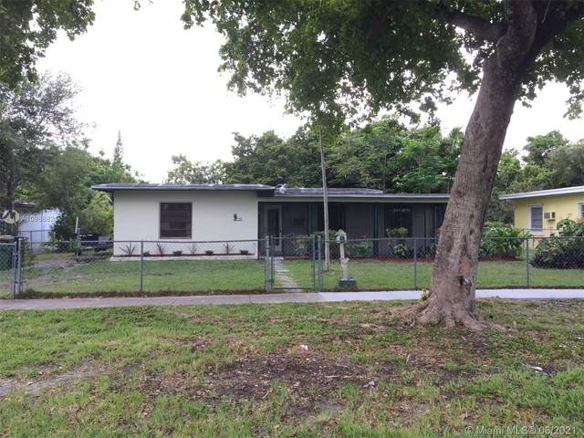 730 NE 143rd St, North Miami, FL 33161 (MLS #A10988821) :: The Howland Group