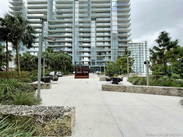88 SW 7th St #3801, Miami, FL 33130 (MLS #A10989315) :: KBiscayne Realty