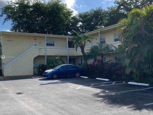 900 NE 26th St #11, Wilton Manors, FL 33305 (MLS #A10990093) :: The Teri Arbogast Team at Keller Williams Partners SW