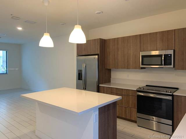 4745 NW 84th Ct #17, Doral, FL 33166 (MLS #A10990180) :: Search Broward Real Estate Team