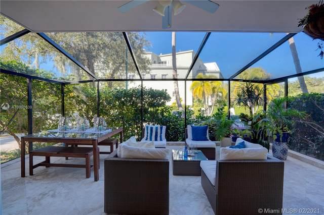 55 Ocean Lane Dr #1028, Key Biscayne, FL 33149 (MLS #A10990639) :: Dalton Wade Real Estate Group