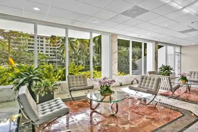 155 Ocean Lane Dr #201, Key Biscayne, FL 33149 (MLS #A10990824) :: Green Realty Properties