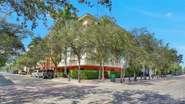300 Euclid Ave #205, Miami Beach, FL 33139 (MLS #A10991280) :: The Teri Arbogast Team at Keller Williams Partners SW