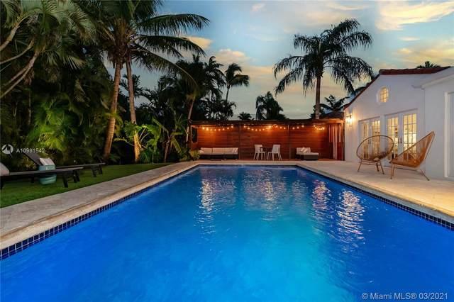 2441 Tigertail Ave, Coconut Grove, FL 33133 (MLS #A10991542) :: Carlos + Ellen