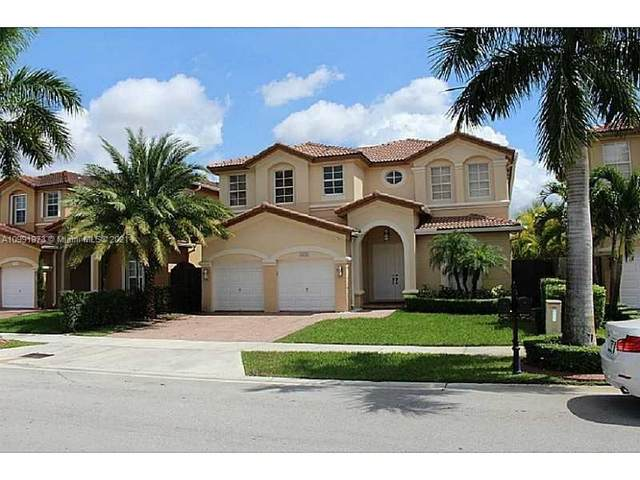 8551 NW 110th Ave, Doral, FL 33178 (#A10991973) :: Posh Properties