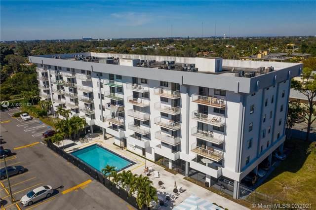 920 NE 169th St #306, North Miami Beach, FL 33162 (MLS #A10994102) :: The Teri Arbogast Team at Keller Williams Partners SW