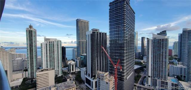 45 SW 9th St #3604, Miami, FL 33130 (MLS #A10996032) :: The Teri Arbogast Team at Keller Williams Partners SW