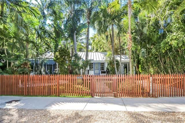 2926 SW 30th Ct, Coconut Grove, FL 33133 (MLS #A10996467) :: Berkshire Hathaway HomeServices EWM Realty
