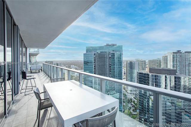 1300 Brickell Bay Dr #4205, Miami, FL 33131 (MLS #A10997427) :: Prestige Realty Group