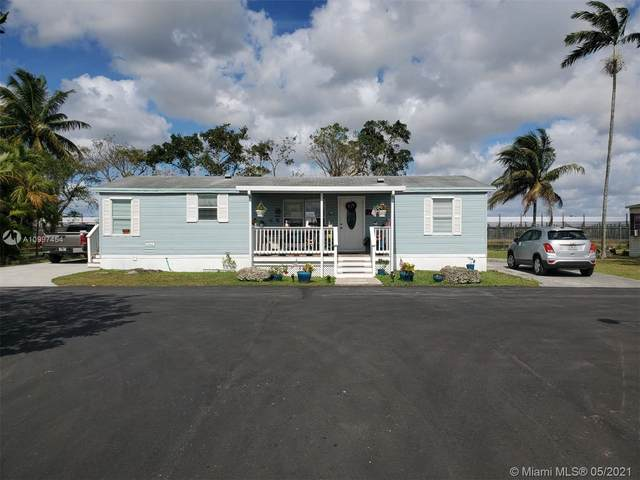 19800 SW 180th Ave Unit 034, Miami, FL 33187 (MLS #A10997454) :: The Teri Arbogast Team at Keller Williams Partners SW