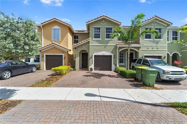 1453 SE 26th Ave, Homestead, FL 33035 (MLS #A10999678) :: Berkshire Hathaway HomeServices EWM Realty
