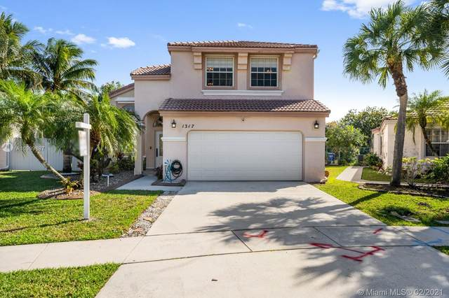 1317 NW 156th Ave, Pembroke Pines, FL 33028 (MLS #A10999887) :: Castelli Real Estate Services