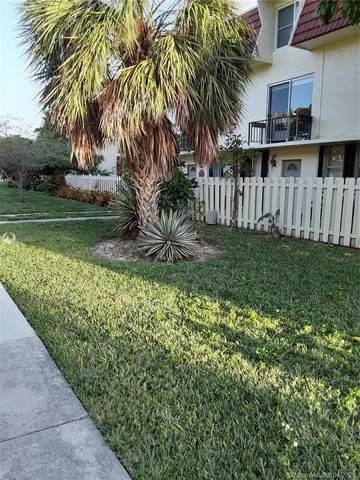 1651 NE 115th St 29C, Miami, FL 33181 (MLS #A11000260) :: Compass FL LLC