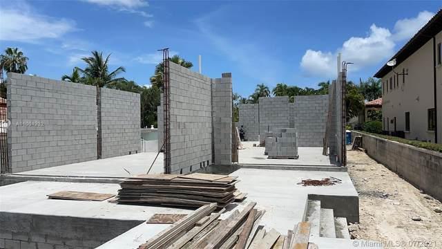 216 Palm Ave, Miami Beach, FL 33139 (MLS #A11001232) :: Team Citron