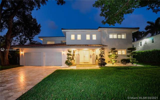 5255 Orduna Dr, Coral Gables, FL 33146 (MLS #A11001968) :: The Riley Smith Group