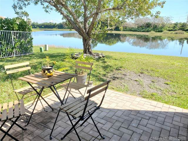 518 Conservation Dr, Weston, FL 33327 (MLS #A11002186) :: The Jack Coden Group