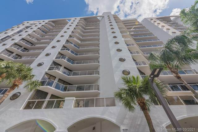 3610 Yacht Club Dr #912, Aventura, FL 33180 (MLS #A11003469) :: The Teri Arbogast Team at Keller Williams Partners SW