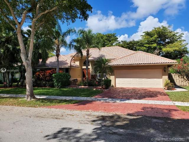 2595 NW 29th Dr, Boca Raton, FL 33434 (MLS #A11004509) :: Laurie Finkelstein Reader Team