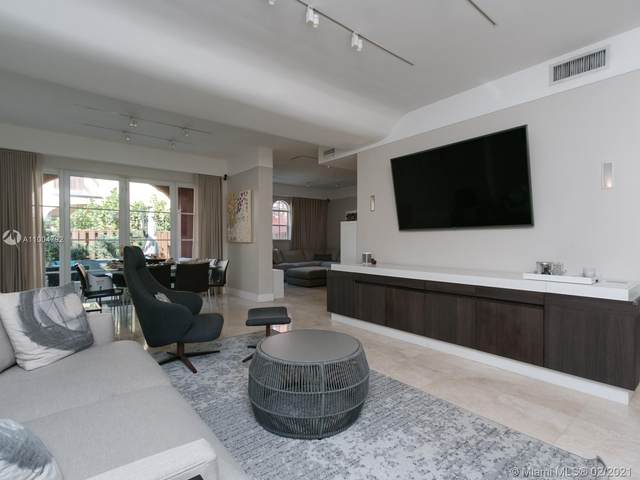18440 NE 30th Pl, Aventura, FL 33160 (MLS #A11004792) :: Green Realty Properties