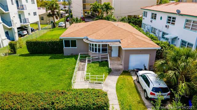 1974 Marseille Dr, Miami Beach, FL 33141 (MLS #A11005808) :: The Riley Smith Group
