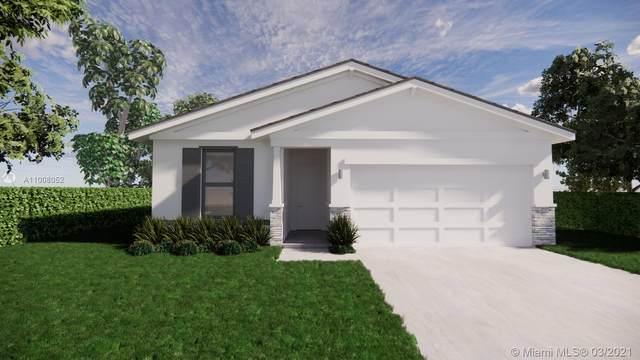5412 Deleon Ave, Fort Pierce, FL 34951 (MLS #A11008052) :: The Paiz Group