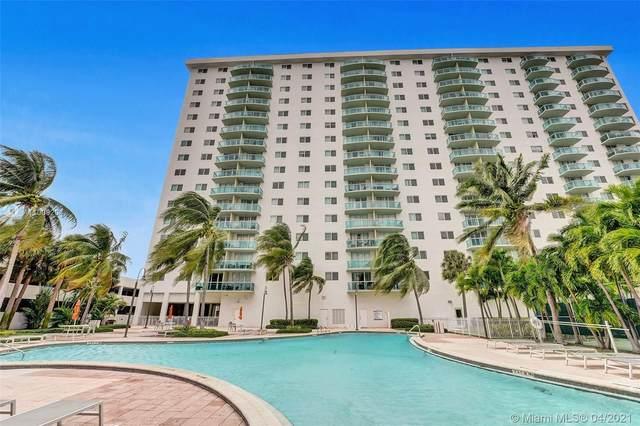 19380 Collins Ave #311, Sunny Isles Beach, FL 33160 (MLS #A11008204) :: The Riley Smith Group