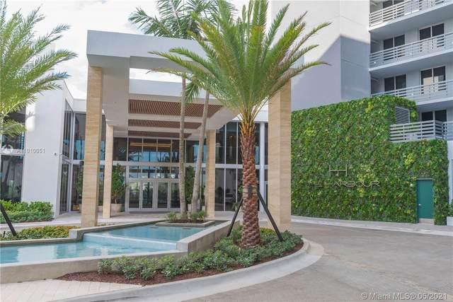 16385 Biscayne Blvd #717, North Miami Beach, FL 33160 (MLS #A11010051) :: The Rose Harris Group