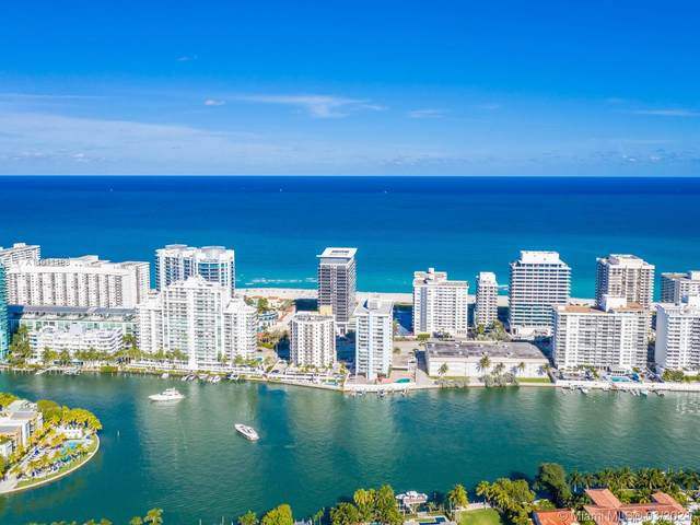5875 Collins Ave #1602, Miami Beach, FL 33140 (MLS #A11011108) :: The Riley Smith Group