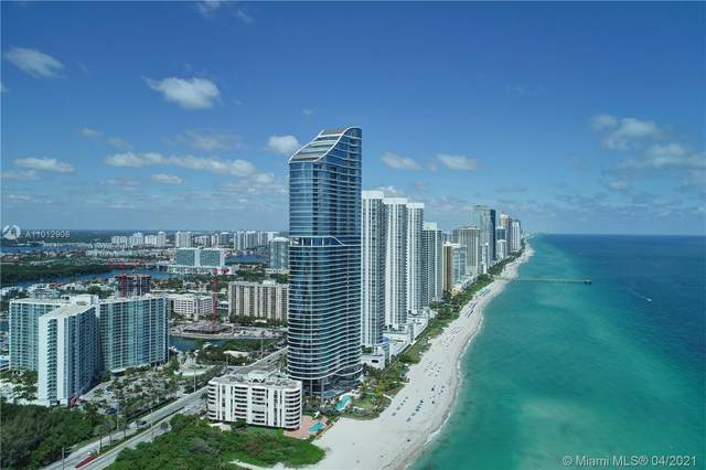 Sunny Isles Beach, FL 33160 :: Carlos + Ellen