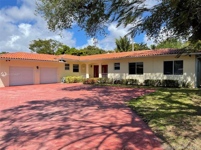 635 Bird Rd, Coral Gables, FL 33146 (MLS #A11014587) :: Berkshire Hathaway HomeServices EWM Realty