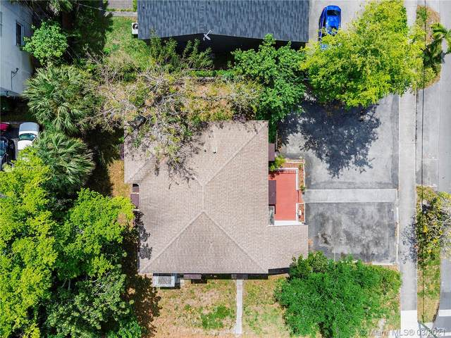 307 S 24th Ave, Hollywood, FL 33020 (MLS #A11015153) :: Team Citron