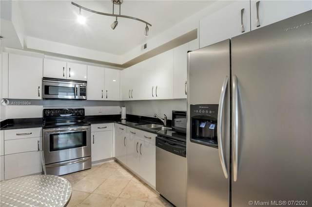 Hollywood, FL 33019 :: Castelli Real Estate Services