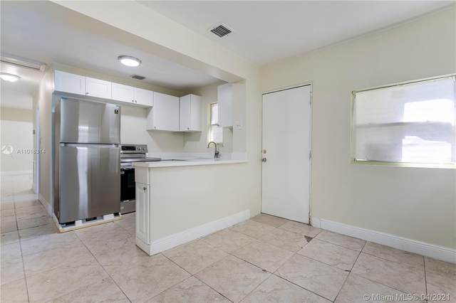 42 SW 4th Ave, Dania Beach, FL 33004 (MLS #A11016314) :: Re/Max PowerPro Realty