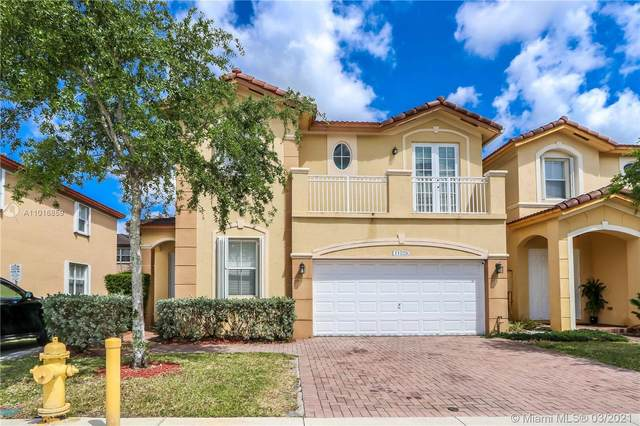 11029 NW 87th St, Doral, FL 33178 (MLS #A11016859) :: Berkshire Hathaway HomeServices EWM Realty