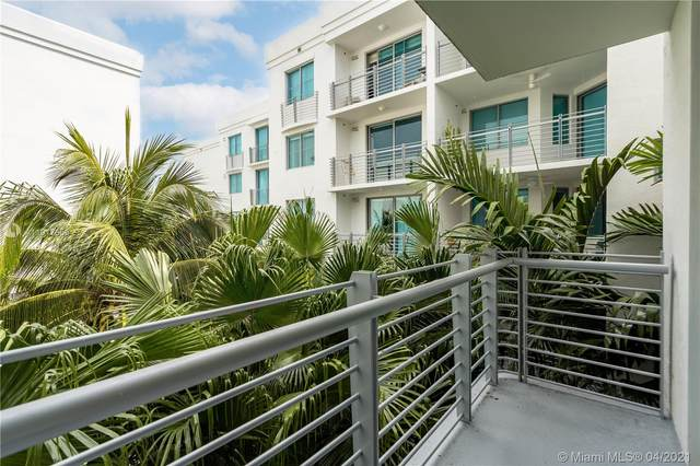 110 Washington Ave #1612, Miami Beach, FL 33139 (MLS #A11017659) :: Compass FL LLC