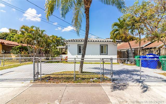 842 SW 13th Ct, Miami, FL 33135 (#A11017950) :: Posh Properties