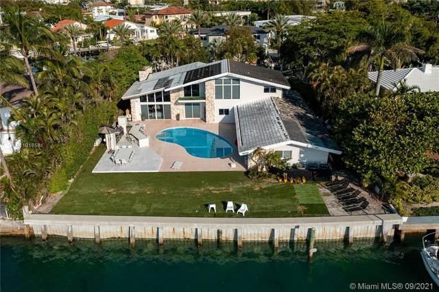 13255 Biscayne Bay Dr, North Miami, FL 33181 (MLS #A11018581) :: Rivas Vargas Group