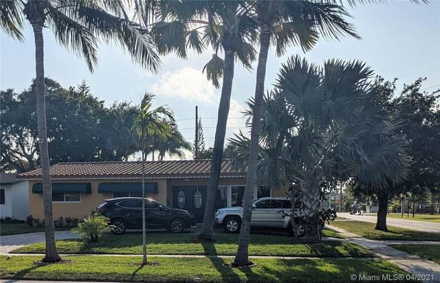 2230 N 55th Ave, Hollywood, FL 33021 (MLS #A11018912) :: Re/Max PowerPro Realty