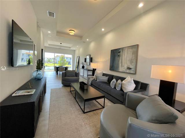 1631 Pioneer Way, Royal Palm Beach, FL 33411 (MLS #A11019019) :: The Rose Harris Group