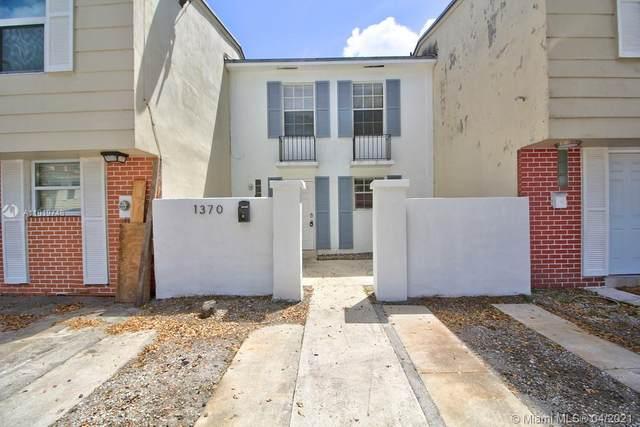 1370 W 69th Street, Hialeah, FL 33014 (MLS #A11019748) :: The Jack Coden Group