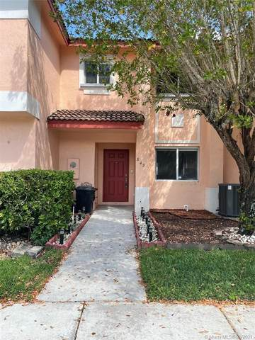 849 NW 208th Way, Pembroke Pines, FL 33029 (MLS #A11020106) :: The Riley Smith Group