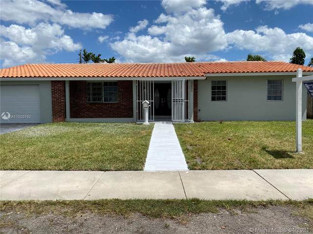 4621 SW 89th Ct, Miami, FL 33165 (MLS #A11020152) :: The Jack Coden Group