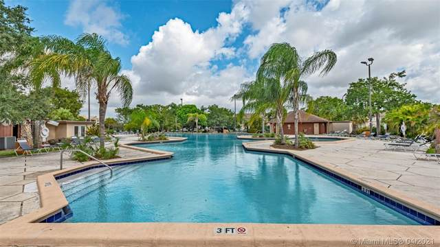 Miami, FL 33173 :: ONE   Sotheby's International Realty