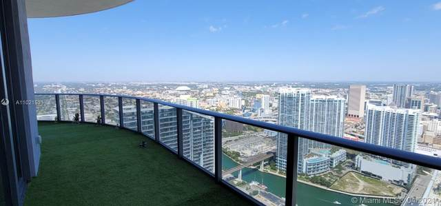 801 S Miami Ave #5709, Miami, FL 33130 (MLS #A11021531) :: The Howland Group